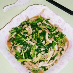 韭菜肉丝炒鱿鱼的做法[图]