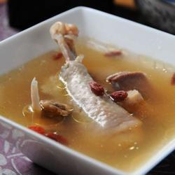 高丽红参煲鸡汤的做法[图]