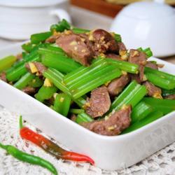 芹菜拌腱肉的做法[图]