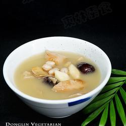 红枣花生山药煲莲藕的做法[图]