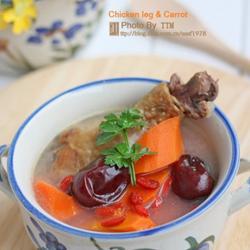 腊鸡腿胡萝卜红枣枸杞汤的做法[图]