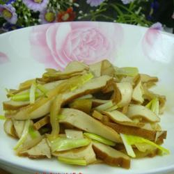 韭黄香干榨菜丝的做法[图]