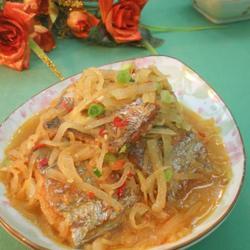 白萝卜烧带鱼的做法[图]