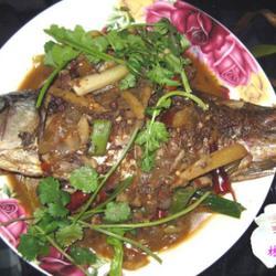 红烧咸鲤鱼的做法[图]