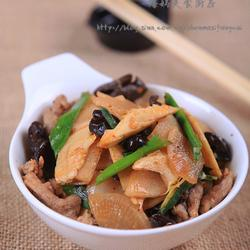 萝卜蒜苗炒肉片的做法[图]
