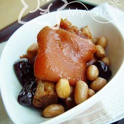 花生红枣炖猪手的做法[图]