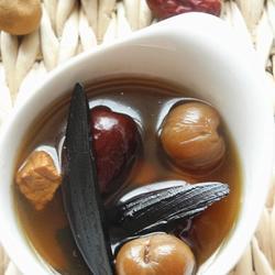 紫灵芝桂肉红枣汤的做法[图]