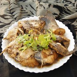 焖海鲈鱼的做法[图]