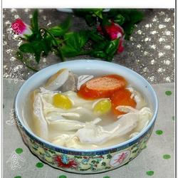 腐竹白果胡椒猪肚汤的做法[图]