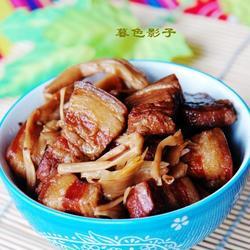 黄花菜烧肉的做法[图]