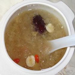 红枣莲子燕窝汤的做法[图]