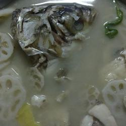 鲢鱼藕片汤的做法[图]