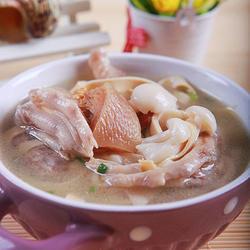 鸭掌菌菇千张汤的做法[图]