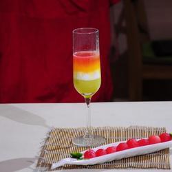 彩虹果汁的做法[图]