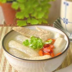 牛蒡竹荪鸡翅汤的做法[图]