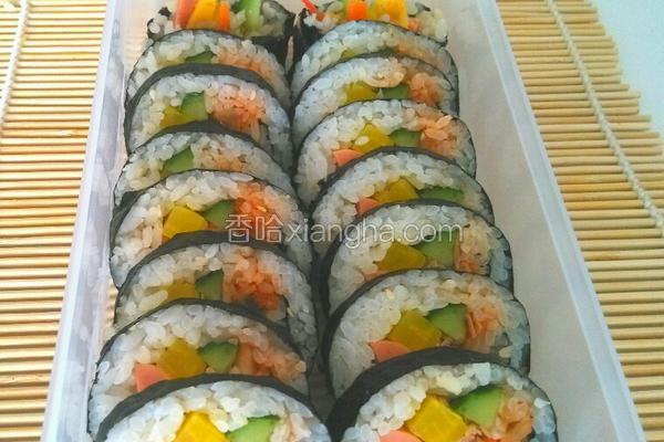 金枪鱼辣白菜紫菜包饭