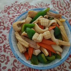 鱿鱼炒青椒的做法[图]