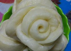 白玫瑰花卷