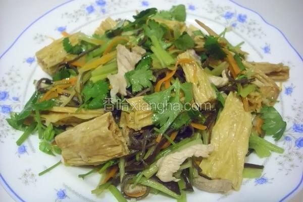 黑木耳芹菜炒腐竹