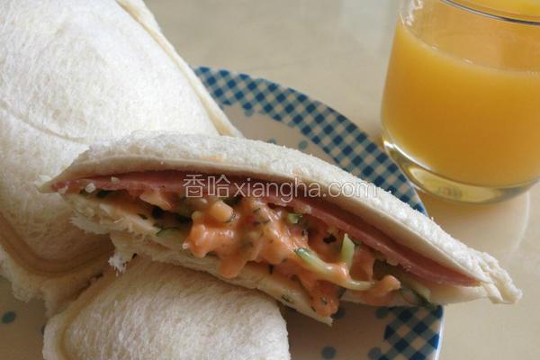 龙虾沙拉三明治