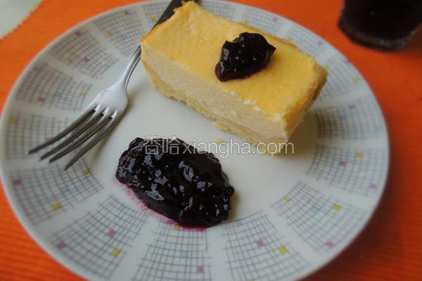 蓝莓酱乳酪蛋糕