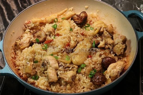 麻油香菇鸡炖饭