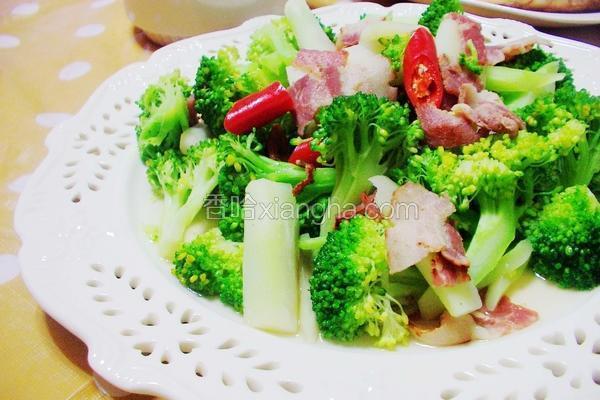 培根炒绿花椰菜