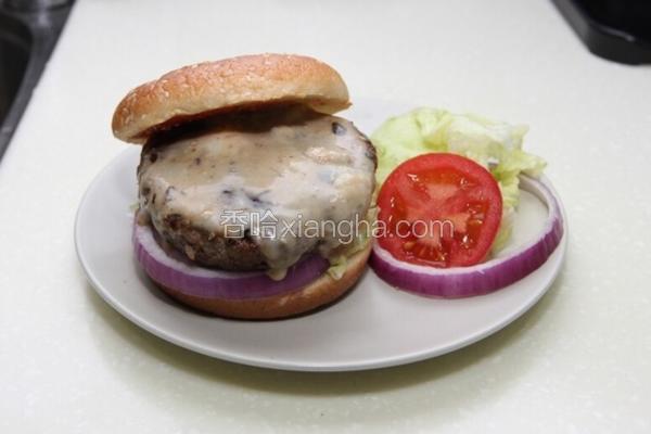 蓝起司牛肉汉堡