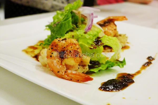 梅酱墨鱼虾