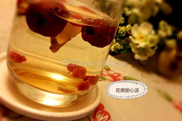 黄耆红枣枸杞茶