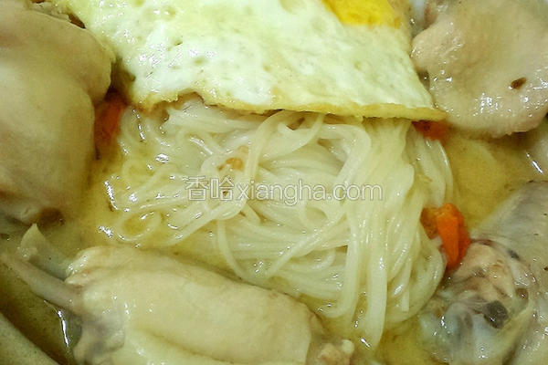 麻油鸡汤面线
