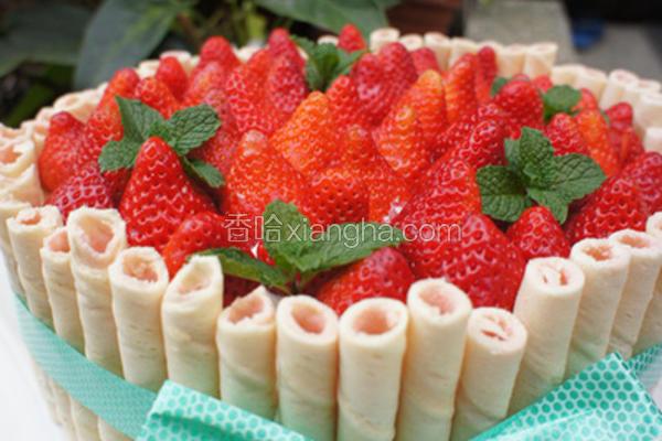 草莓鲜奶油蛋糕