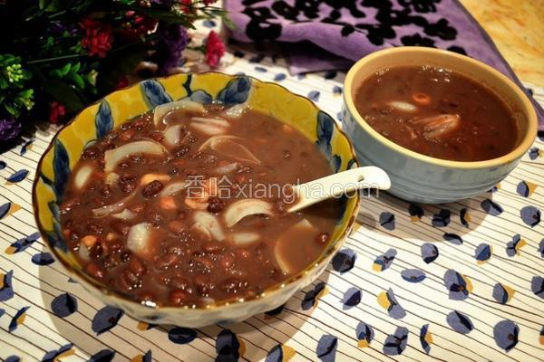 莲子百合红豆甜汤