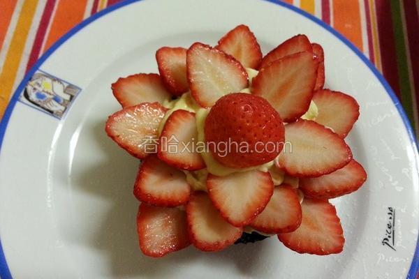 草莓布朗尼