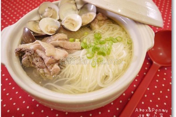 蒜头蛤蛎鸡汤面线