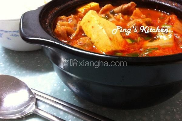 韩式猪肉泡菜辣汤