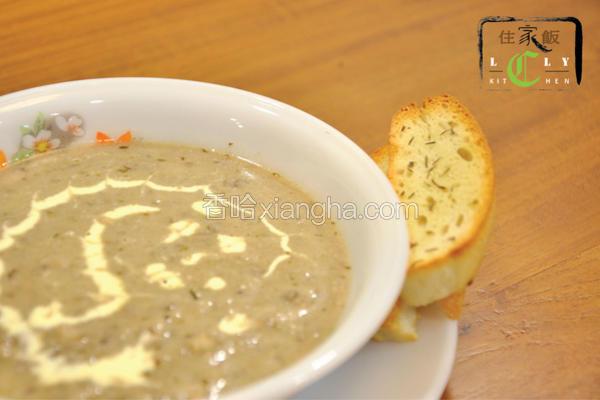 新鲜蘑菇浓汤