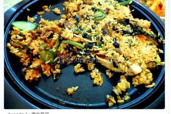 韩式石锅烤肉拌饭