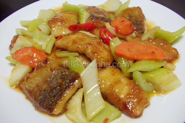 芹菜鲈鱼片