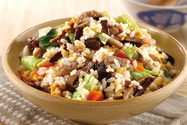 香冬菇鸡肉菜饭