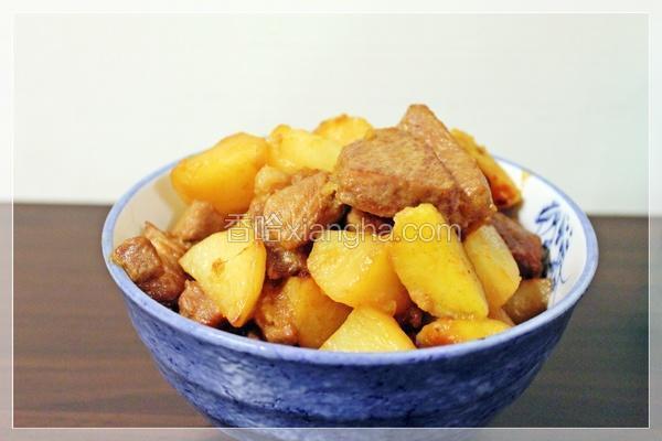 金银薯炖肉