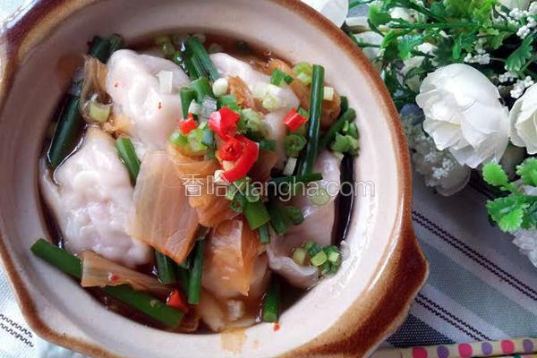 水饺泡菜锅