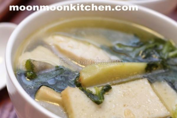 芫荽双鱼片汤