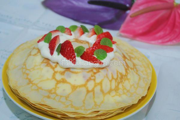 草莓法式千层薄饼