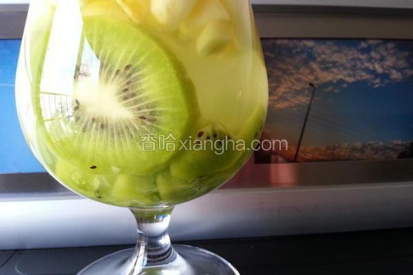 水果轻轻柠檬饮