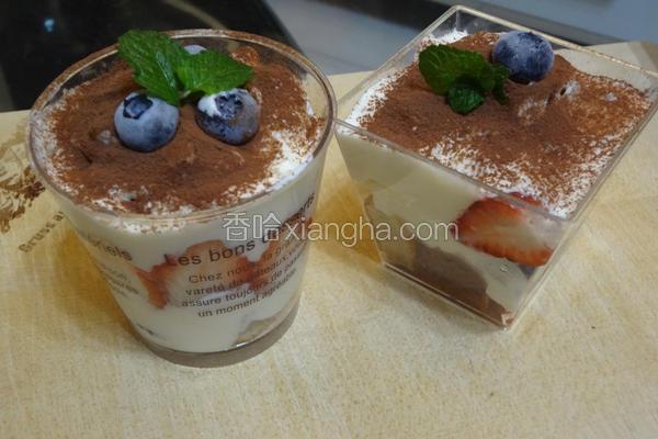 莓果蛋糕杯