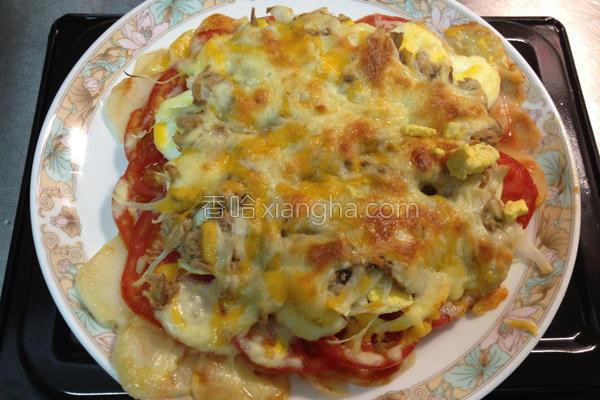 鲔鱼马铃薯披萨