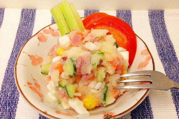 多彩马铃薯沙拉