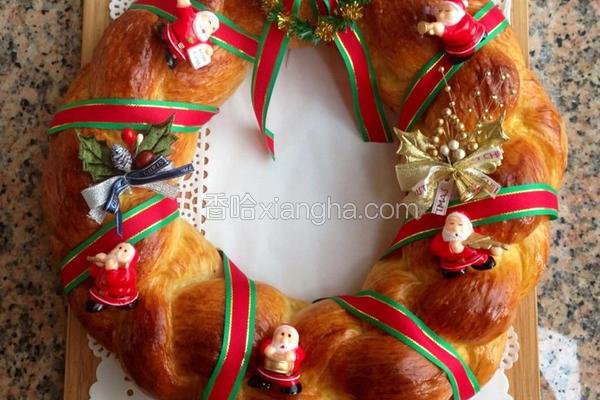 圣诞节花圈面包