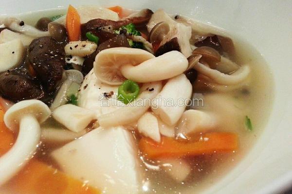 百菇烩豆腐